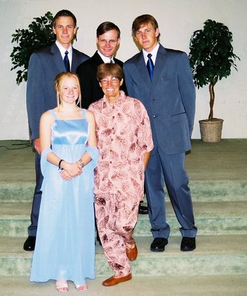 Picture of Helen Richardson, my siblings, and myself at my wedding: August 7, 2004